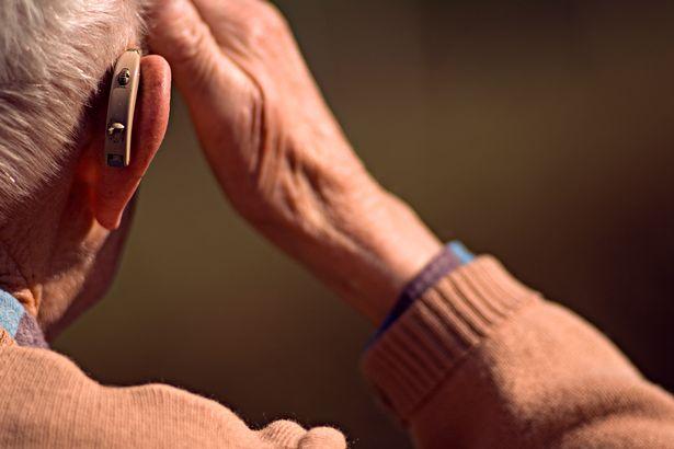 anziani udito