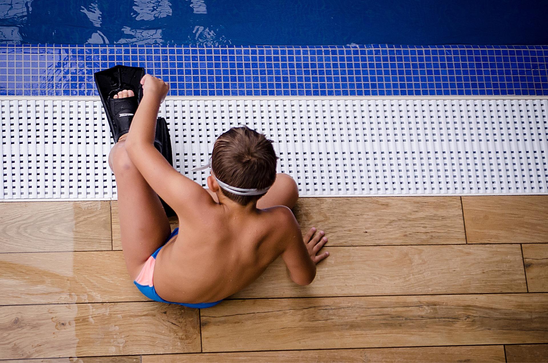sport pool children