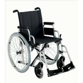 Carrozzina standard per disabili a noleggio